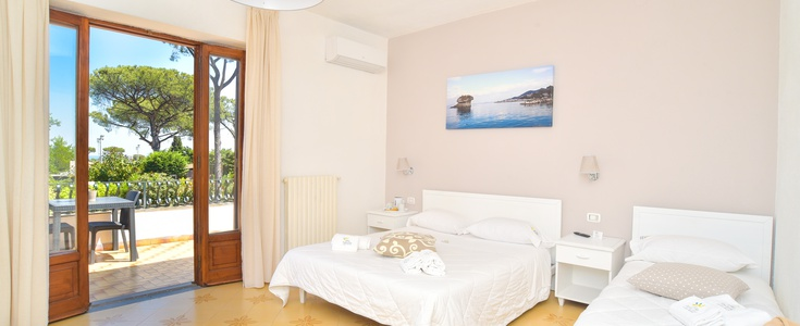 CAMERE DELUXE   Villa Fortuna Holiday Resort
